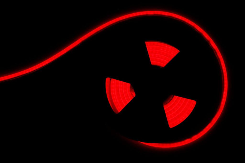 RGB Neonflex, vertikal biegbar